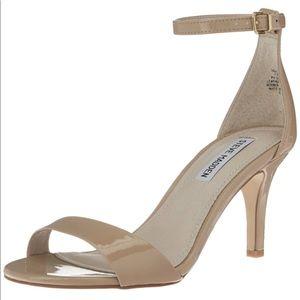 NIB Steve Madden Sillly Sandal Heel Blush Patent 7